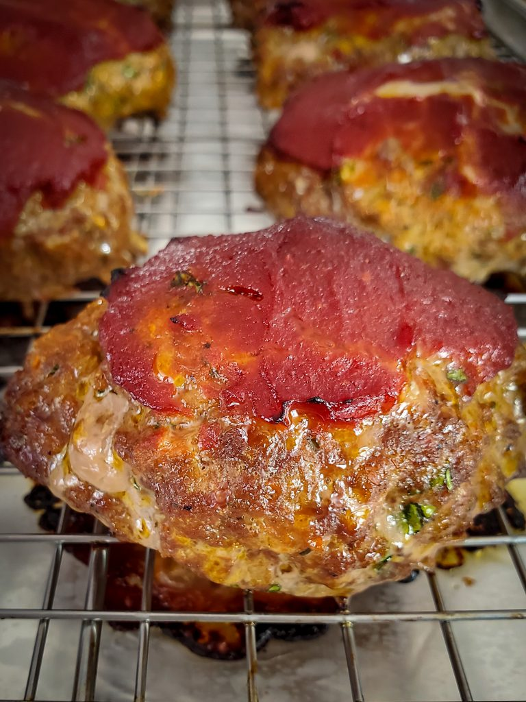 baked mini meatloaf with tomato glaze