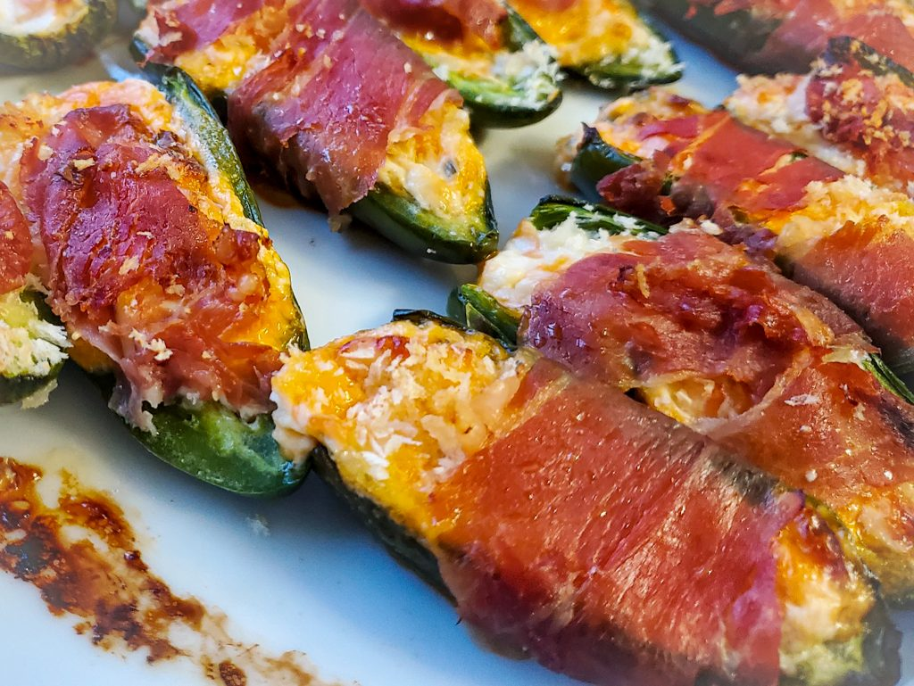 image of crispy baked Prosciutto Wrapped Jalapeño Poppers